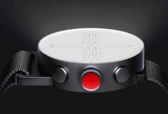 Bild einer Uhr mit Braille Display