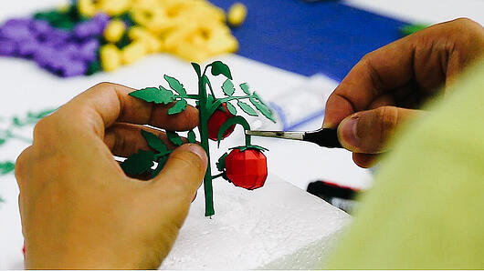 Papiermodell Tomatenstrauch von Noelia Lozano